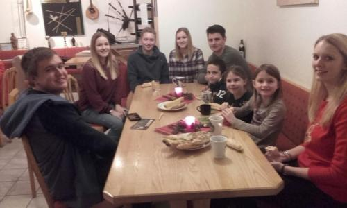 Jugen-Weihnachtsfeier1 (2)
